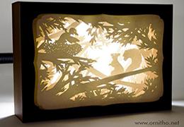 L'ornithorynque périgourdin | Tableau 3D, découpe laser, L'écureuil blanc en lumière